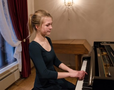 Cora Durmann